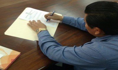 Signing of Completion Document for La Gracia Smart Off Grid  ... Image 2